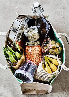Food in sustainable bag