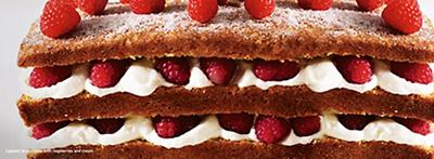 LAYERED LEMON CAKE WITH RASPBERRIES AND CREAM