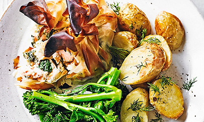 Salmon parcels with roast baby potatoes